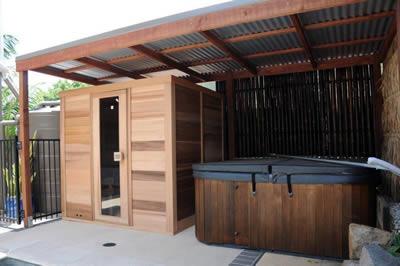 Ukko Cedar Log Sauna 2x1.8m